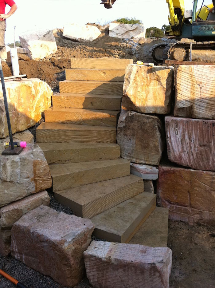Diamond Cut Sandstone Steps Curved