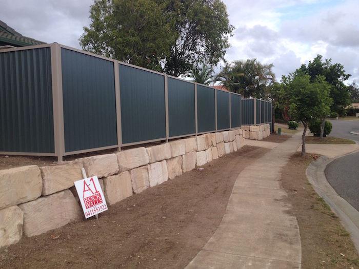 Grade B Rockwall Fence